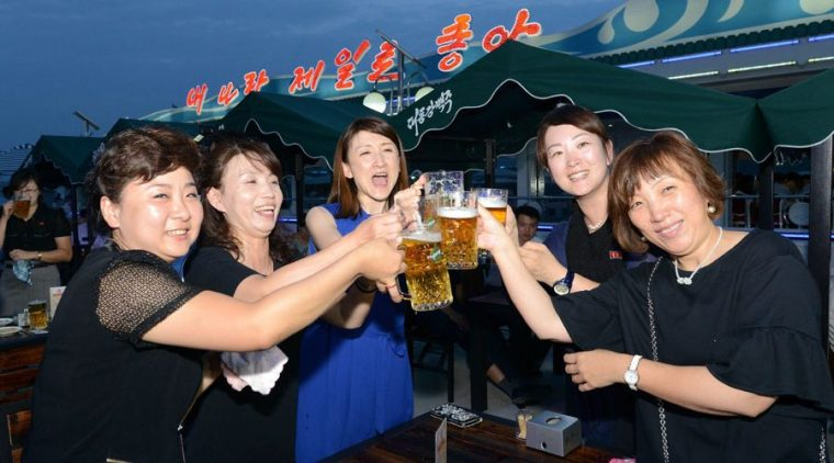 pyongyang-beer-festival-3-900x500